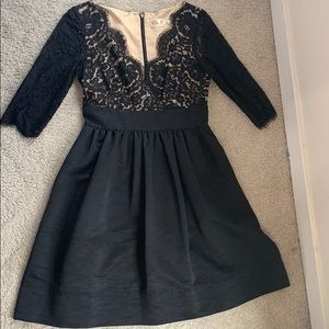 Elegant and timeless black Dress with Pockets!